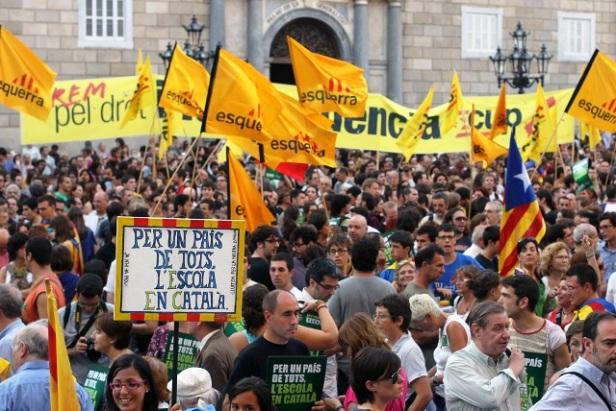 Concentracion en defensa de la inmersion linguistica-Cataluña