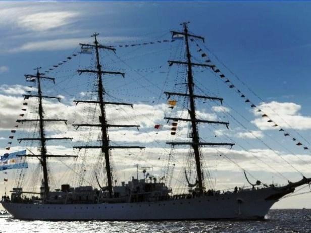 fragata libertad-argentina