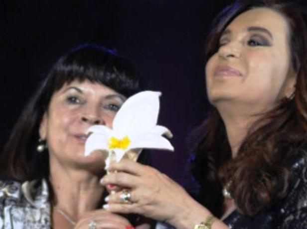 La madre de Marita y la Presidenta Cristina