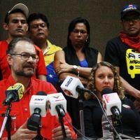 LUCHADORES SOCIALES DE LA REPÚBLICA BOLIVARIANA CONTRA INTENCIONES FASCISTAS DE DESENCADENAR GUERRA CIVIL