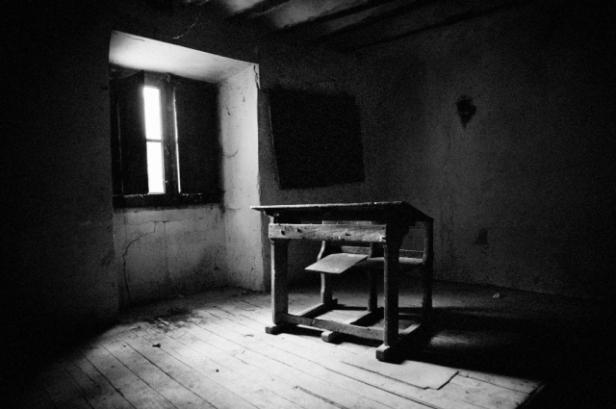 Años de barbarie carca en blanco y negro