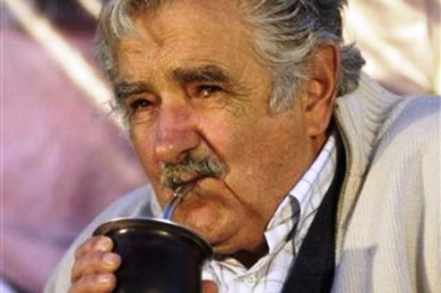 LO QUE PEPE MUJICA DICE NO LE HACE COMPAÑÍA A LA REALIDAD SOCIOECONÓMICA URUGUAYA (1/2)